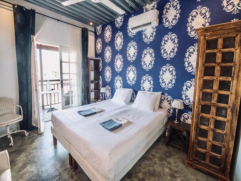 bedroom-junior-suite-curacao-pm78