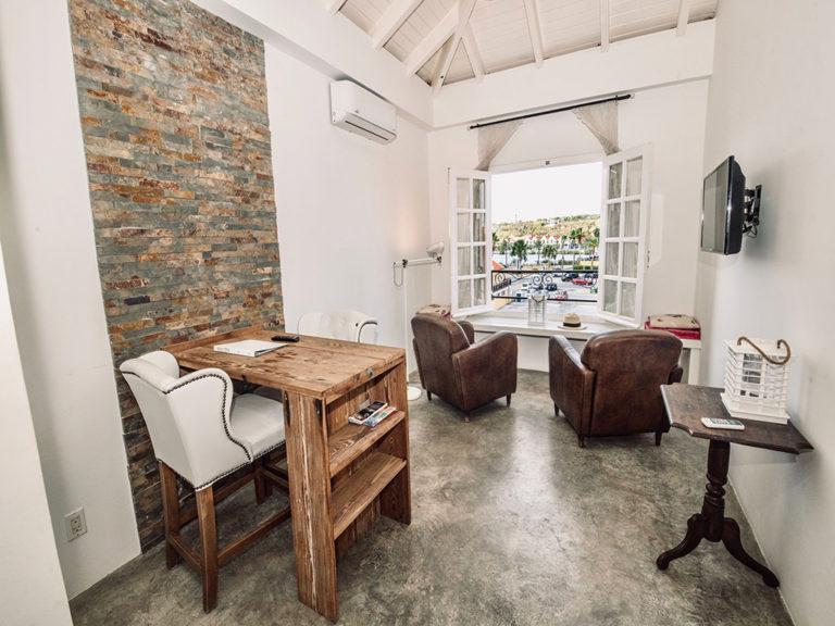 seating-area-urban-loft-curacao-pm78