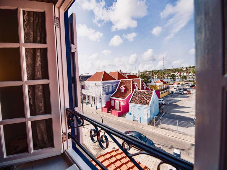 views-urban-loft-curacao-pm78